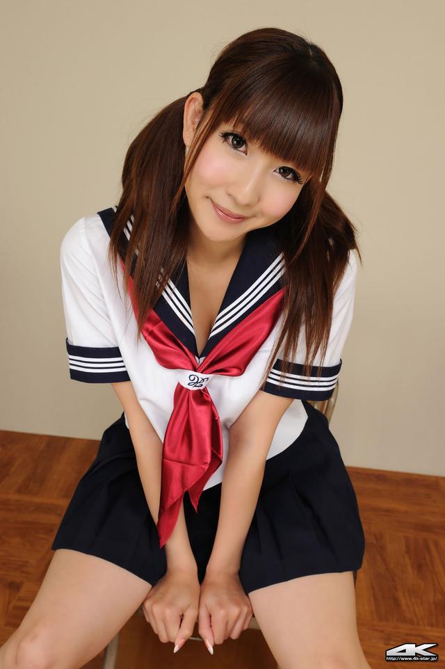 日本学生教室甜美写真