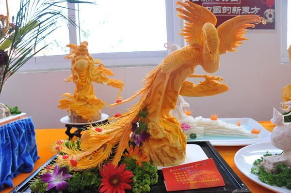 日本5ch网民热议:这是中国人切出来的蔬菜!怎么做到的?