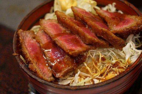 李时珍说:马肉毒,日本人说:马肉好吃