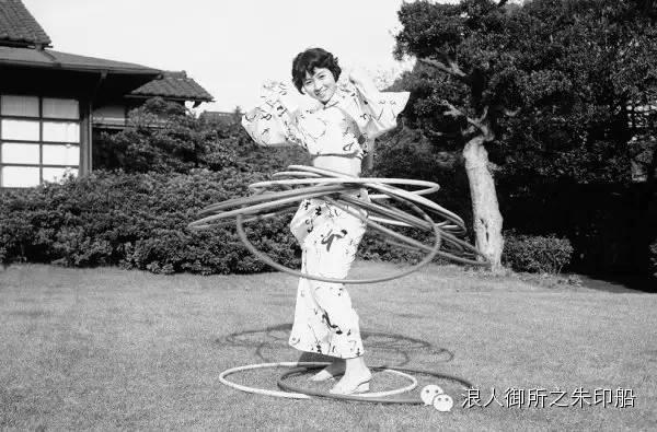 记录50年代的日本
