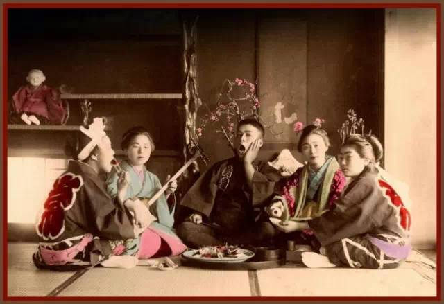 【老照片】那历史上的一抹惊艳:日本百年前艺伎老照片,就这么美啦!